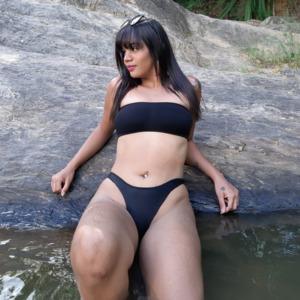 Acompanhante India Baiana